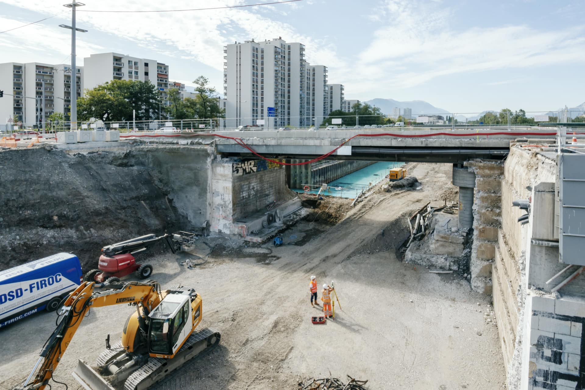 Travaux sur le pont de Catane à Grenoble, au-dessus de l'axe autoroutier A480