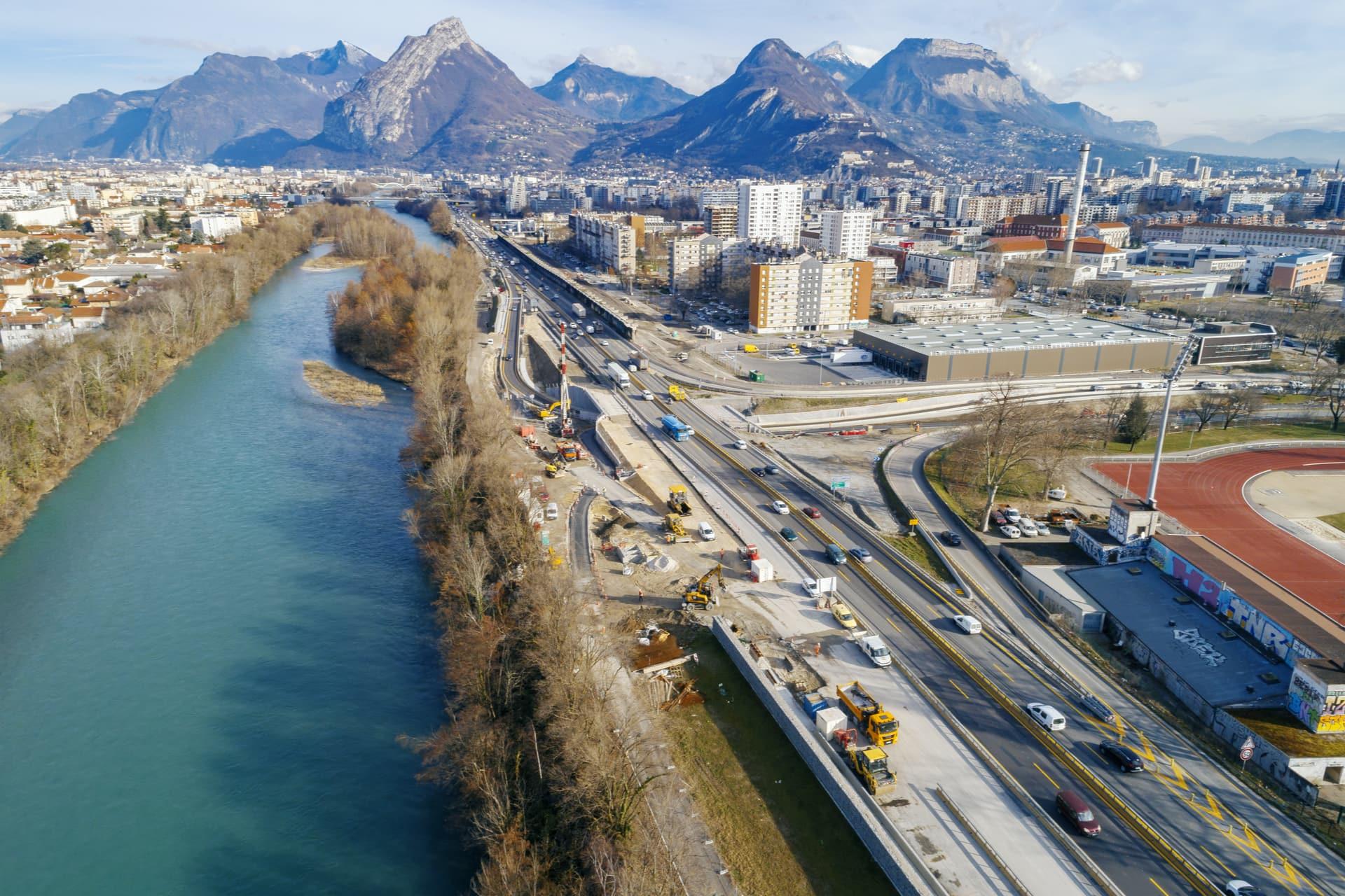 Aménagement de l'axe autoroutier A480 par AREA sur la ville de Grenoble