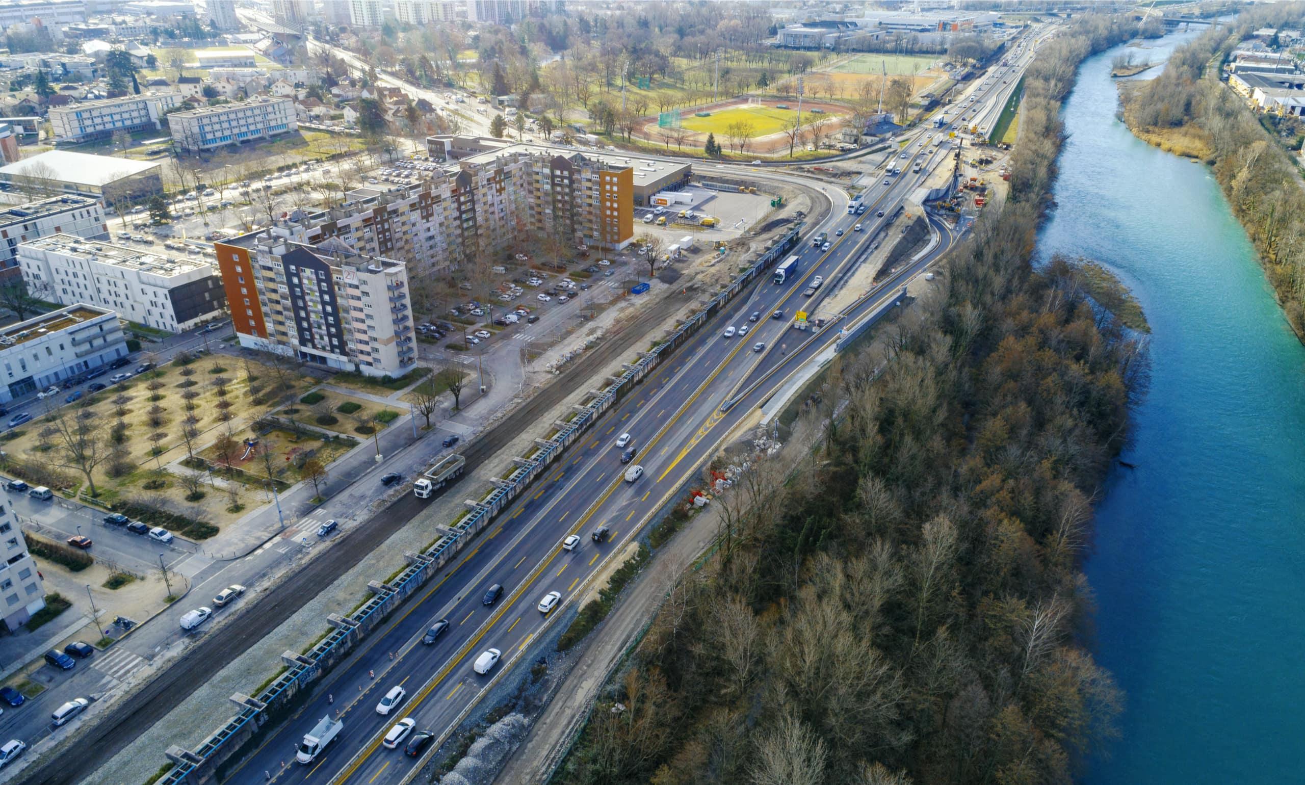 mise en 2x3 voies par AREA de l'autoroute A480 sur le bassin grenoblois