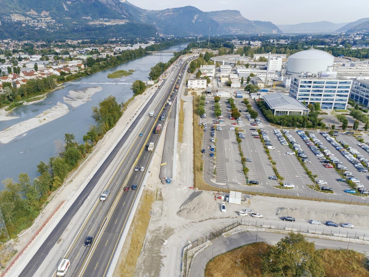 Construction de la bretelle Horowitz lors de l'aménagement e l'A480 sur l'agglomération grenobloise par AREA