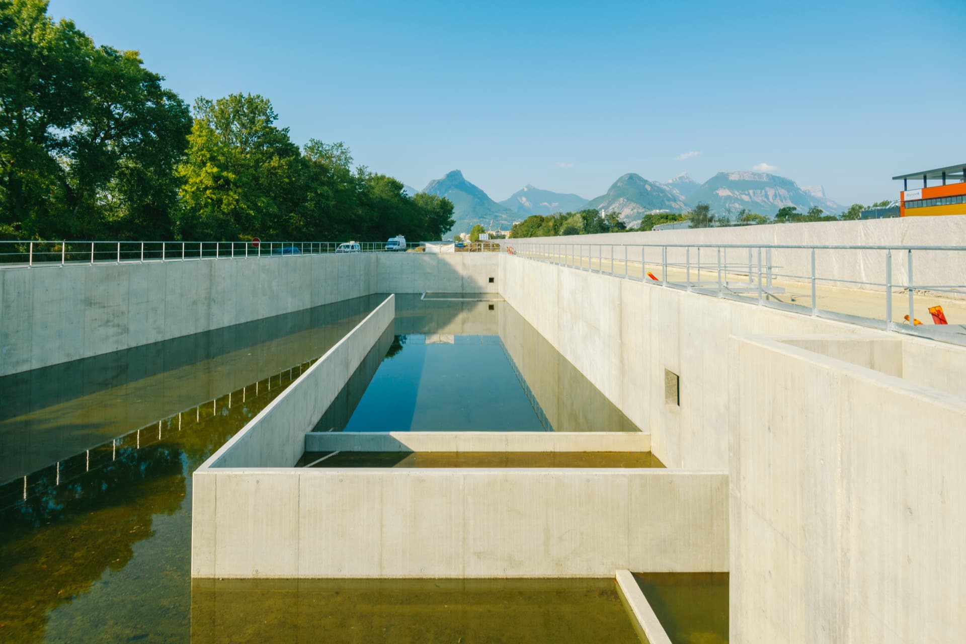 Réalisation d'un bassin de récupération des eaux