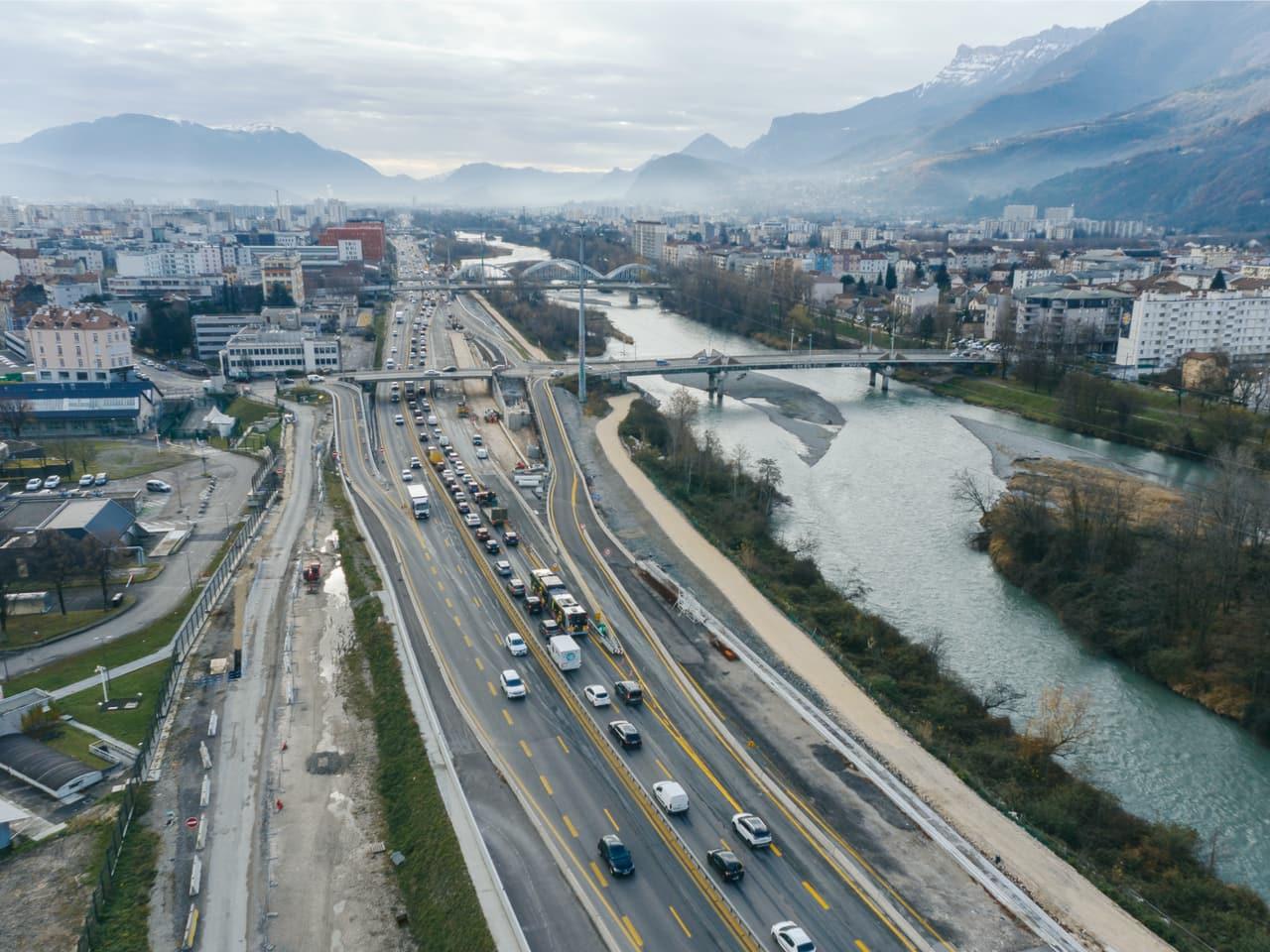 autoroute A480 sur le secteur Martyrs à Grenoble