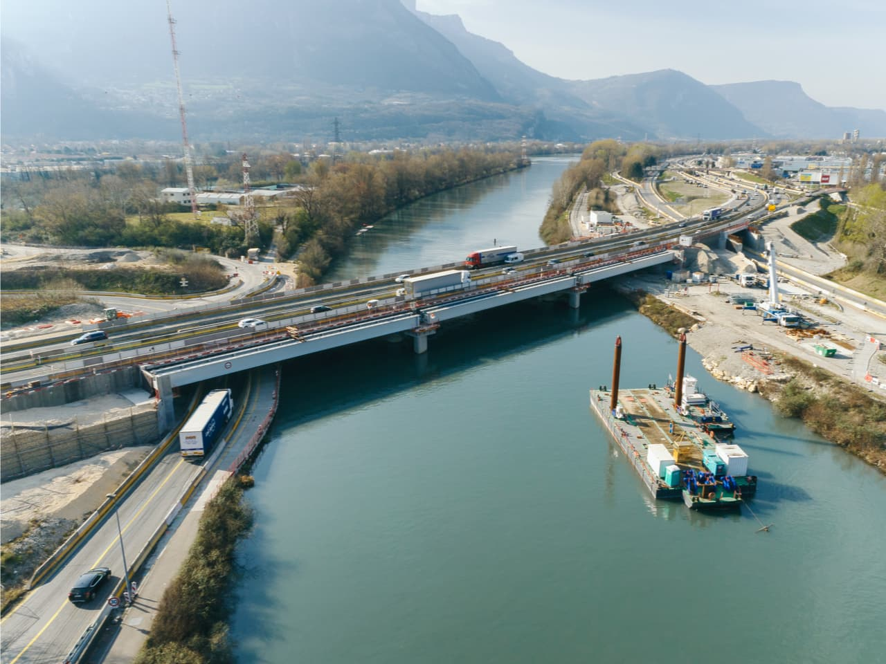 pont de l'Isère sur l'autoroute A480