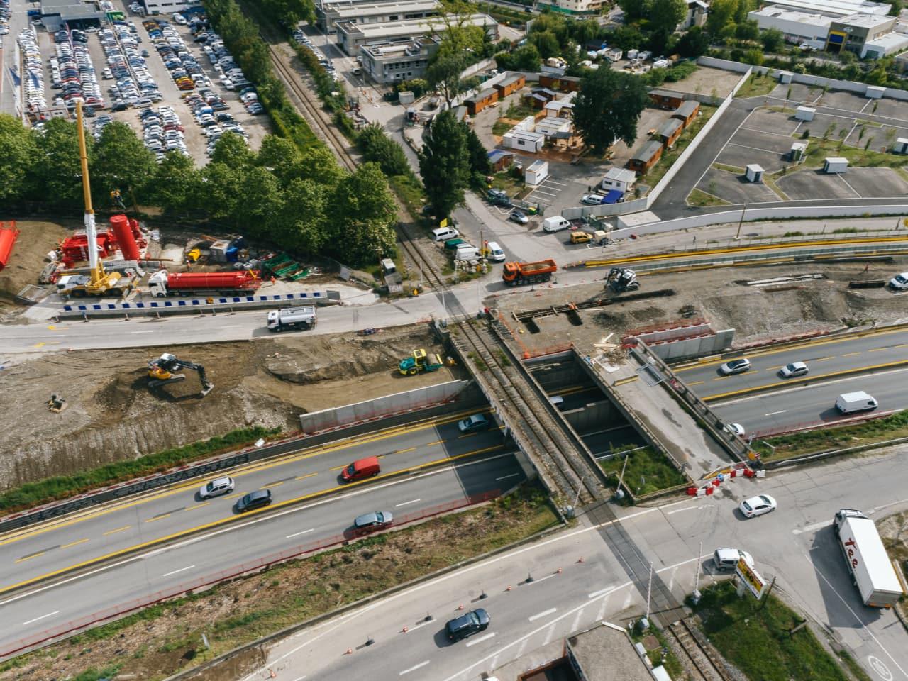 Travaux par la DREAL le long de la nationale N87 dans le cadre de l'aménagement de l'A480