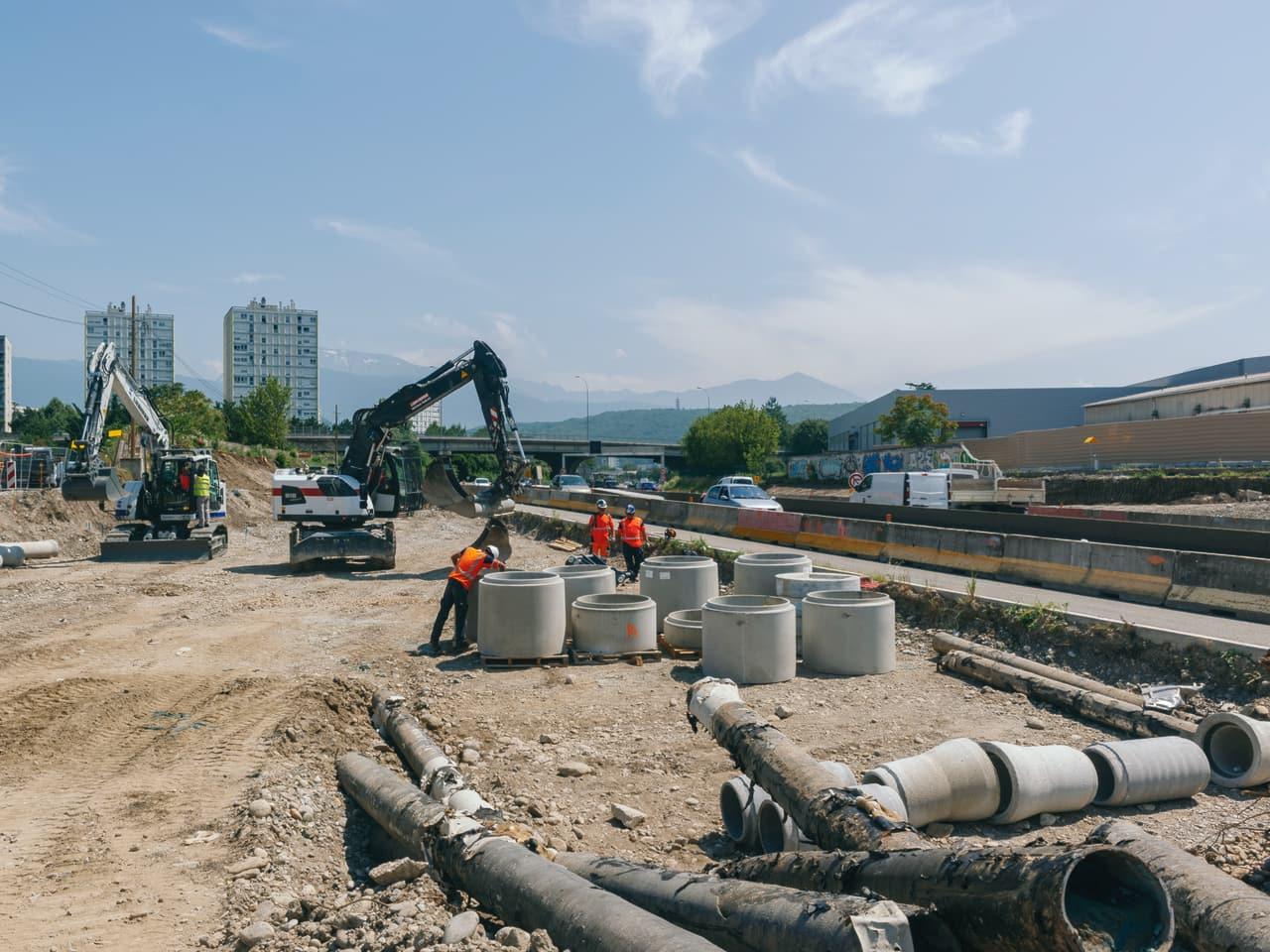 Travaux sur la N87 par les équipes de la DREAL dans le cadre de l'aménagement du Rondeau