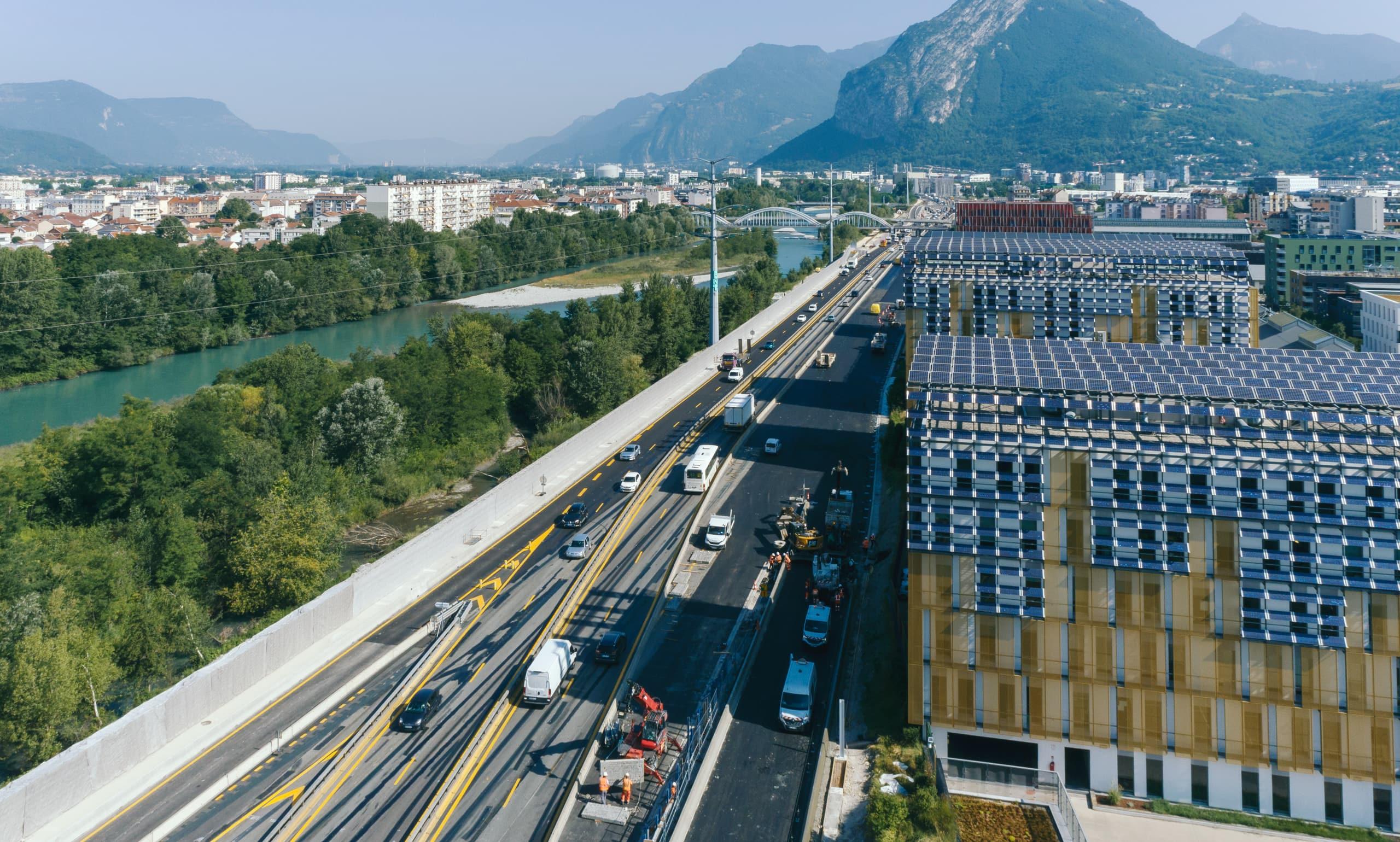 Avancements des travaux dans le secteur du pont de Vercors sur l'autoroute A480 de Grenoble