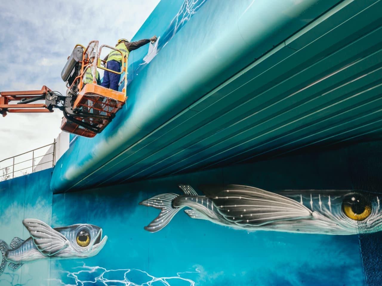 Fresque murale réalisée par Veks Van Hillik et Etien sous l'autoroute A480